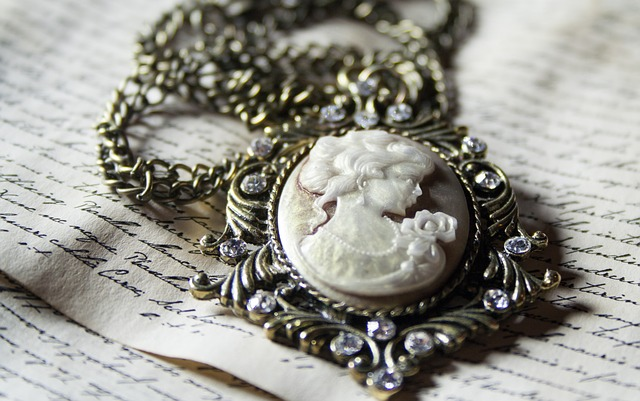 antique jewelry estate vintage heirloom