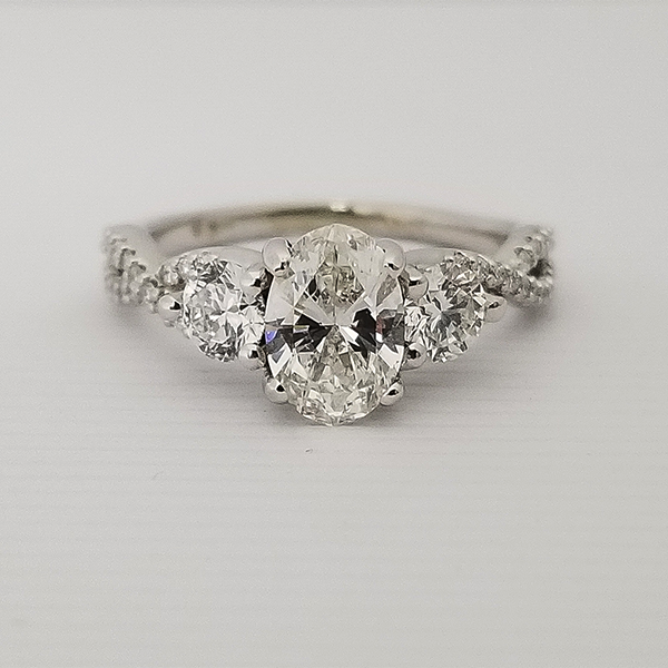 Oval 3 Stone Ring Worn by Suzette Rodriguez on 104.7 KISS FM