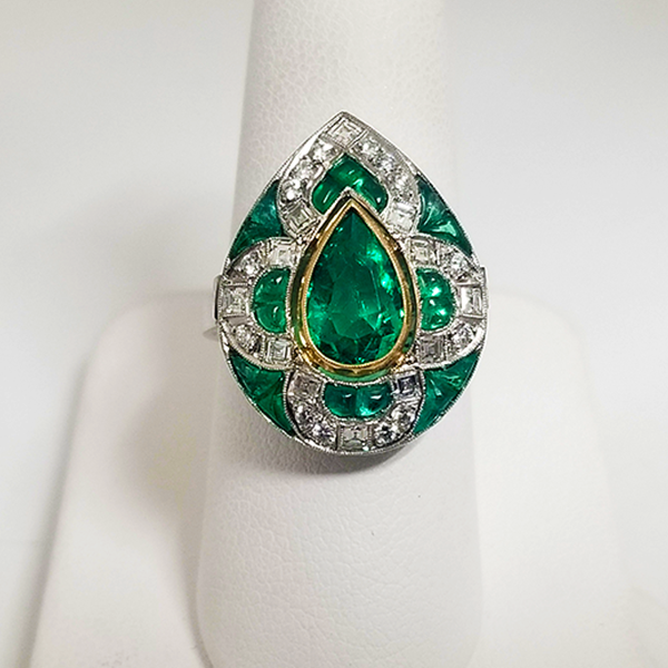 true vintage pear shaped emerald ring