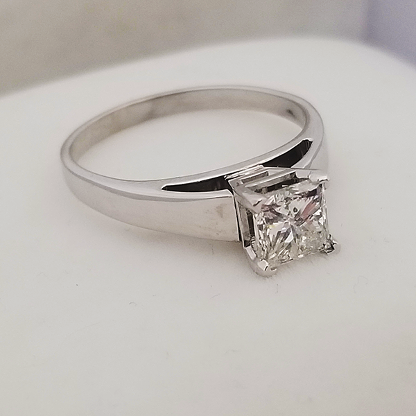 Princess Cut Solitaire in White Gold